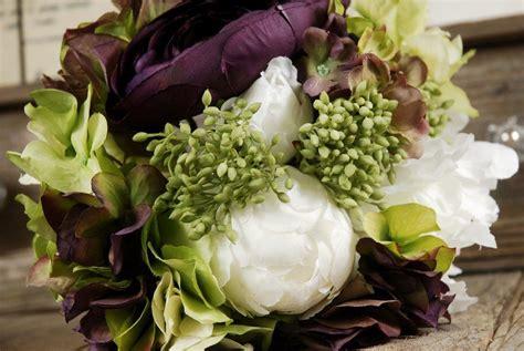 wedding bouquets peonies and hydrangeas