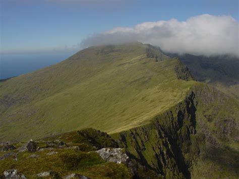 brandon mountain cnoc breanainn ireland uk hills