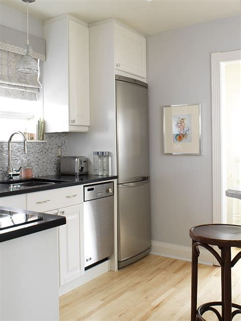 grey kitchen walls with white cabinets st charles clear glass pendant transitional kitchen 8364