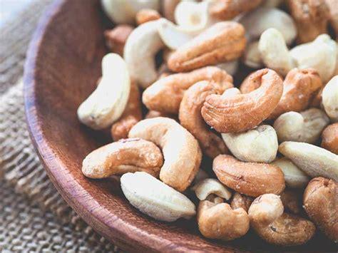 cashew allergy symptoms food substitutes