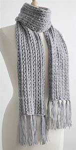free knitting pattern for 4 row repeat frostlight scarf
