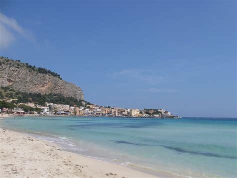appartamenti a roma per week end last minute per un week end al mare in italia