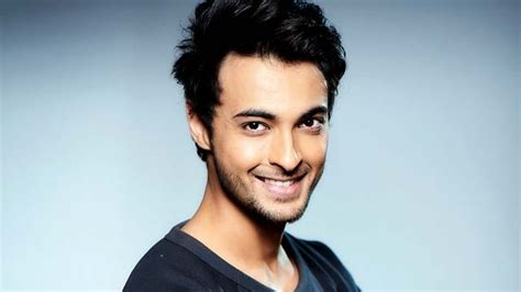 Aayush Sharma Will Now Make His Debut In A Different Film
