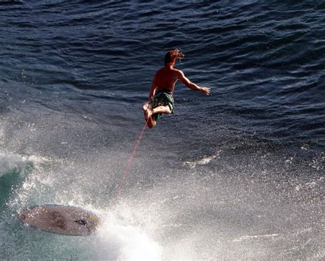 Ultimate Surfer Wipeout Photo Gallery Xarj Blog And Podcast