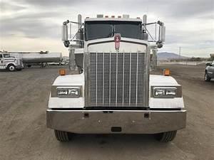 2006 Kenworth W900 Tri Axle Transfer Truck