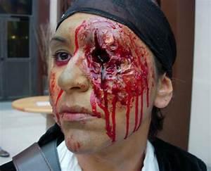 Maquillage Pirate Halloween : maquillages effets speciaux ~ Nature-et-papiers.com Idées de Décoration
