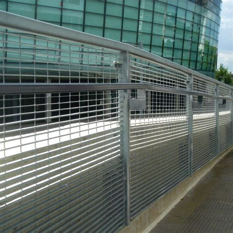 Barrier Fence   Fencing   Arezzo 25   Lang Fulton