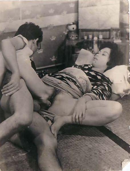 Vintage Retro Schoolgirl Porn Mega Porn Pics