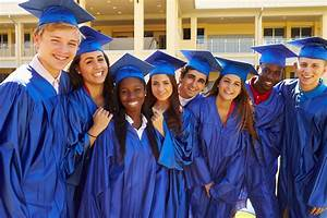 4 Ideas for a Teen-Approved High School Graduation Party