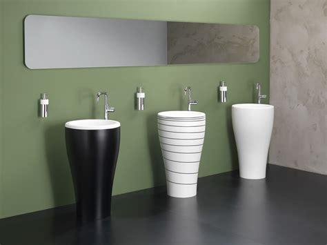 congas  bathroom   sound    home
