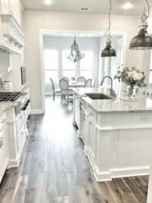 kitchen and floor decor best 25 white kitchen cabinets ideas on kitchens with white cabinets white kitchen