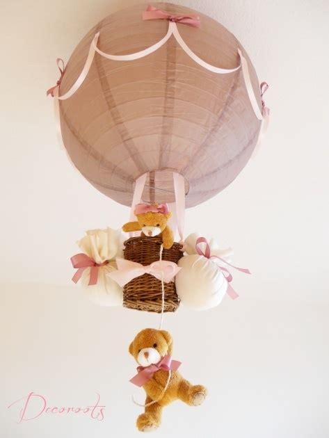 luminaire chambre bébé fille les 25 meilleures idées de la catégorie montgolfières sur