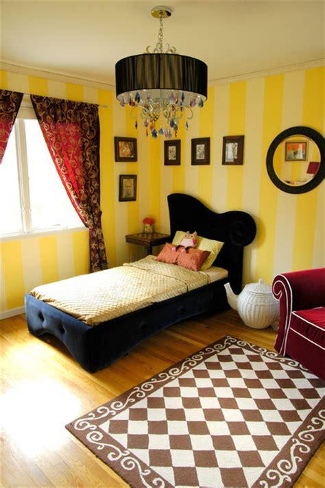 Alice In Wonderland Inspired Big-girl Room
