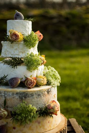 cheese wedding cakes   fine cheese