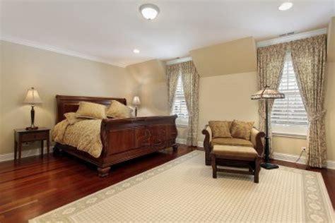 parquet de chambre des parquets en bois pour la chambre à coucher bricobistro