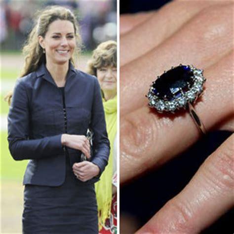engagement and wedding rings worn by arabia weddings