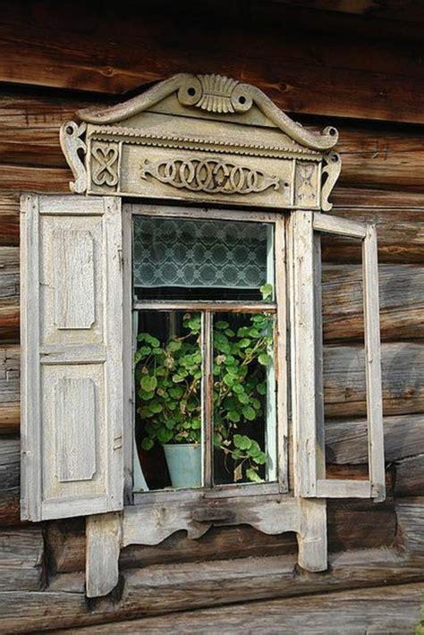 renover un canapé l armoire ancienne pour votre demeure moderne