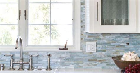 glass mosaic backsplash agate  lucca pearl  lunada