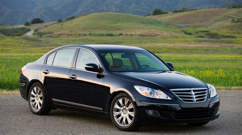 Hyundai Genesis Named 2009 North American Car Of The Year