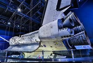 OV-104 | Rockwell Space Shuttle Orbiter | United States ...