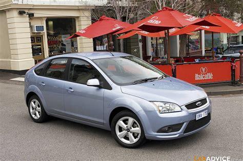ford focus ghia ford focus ghia photos reviews news specs buy car
