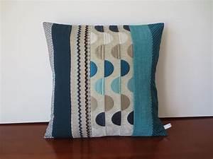 Coussin Bleu Canard : housse coussin lin coton et tissu d 39 ameublement bleu canard gris et turquoise textiles et ~ Teatrodelosmanantiales.com Idées de Décoration