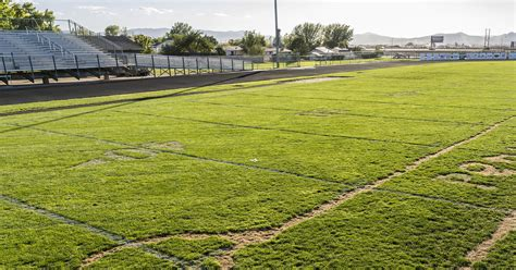 who drew a on the football field looking for