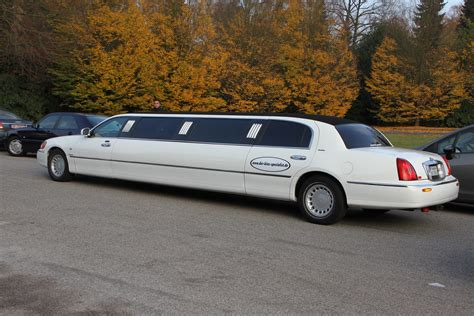 Stretch Limousine by File 5594 Stretch Limousine Jpg Wikimedia Commons