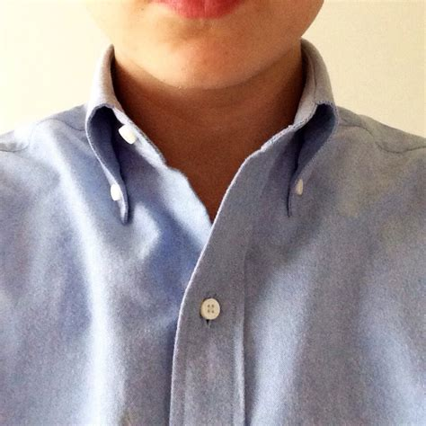 For my Luxire OCBD I asked 'Mercer and Sons'-collar roll ...