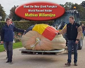 2624.6 World Record Pumpkin