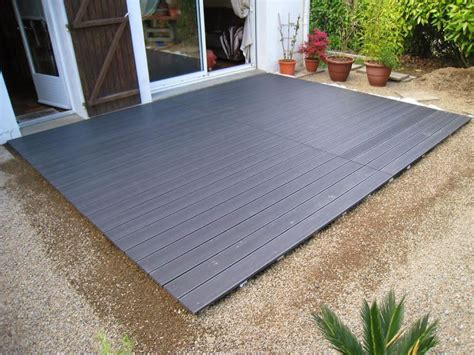 poser une terrasse composite sur lambourdes et plots habitat terrasse composite