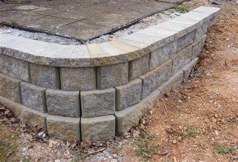 build  simple retaining wall