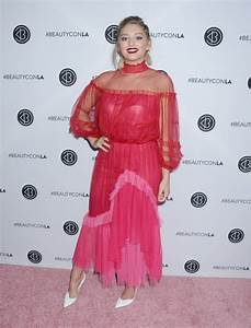 WILLOW SHIELDS at 5th Annual Beautycon Festival in Los ...