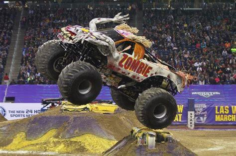 monster jam zombie truck monster jam trucks because trucks are cool just short