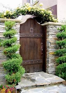 Gartentüren Aus Holz : gartentore aus holz und metall ~ Michelbontemps.com Haus und Dekorationen
