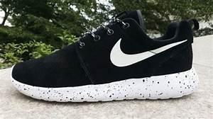 Nike Roshe Run Swag Femme assiseseau idf