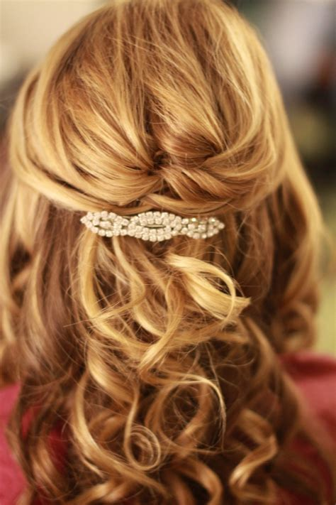 half updo shoulder length hair wedding hair pinterest