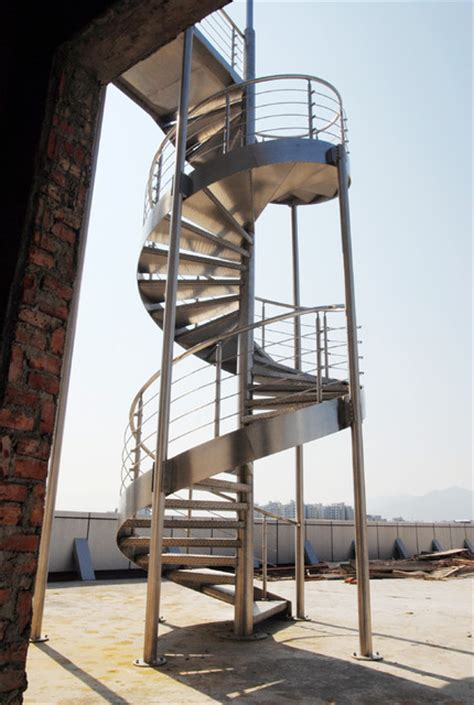 Outdoor Spiral Staircase   Contemporary   Staircase