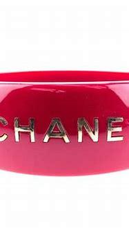 Chanel Red Resin Wide Logo Cuff Bangle | Gioielli, Fai da te