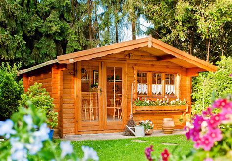 Gartenhaus Mit Viel Glas by Gartenhaus Mit Viel Glas Gro Es Gartenhaus Gartana