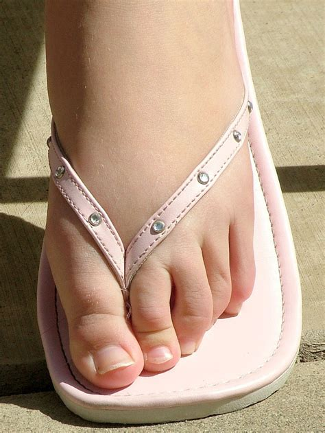 flip flops girls sexy maf