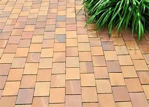 Terrassenplatten Reinigen Und Versiegeln : terrassenplatten versiegeln langfristiger schutz vor flecken ~ Michelbontemps.com Haus und Dekorationen