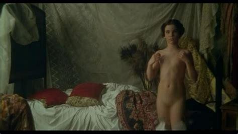 Naked Katya Berger In Piccole Labbra
