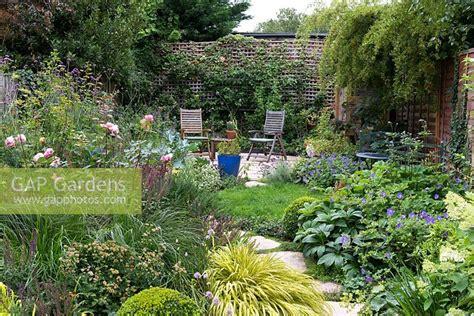 Gap Gardens  A Small Walled Town Garden With Patio
