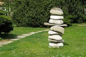 Beeteinfassung Stein Selber Machen : steinobjekte steinskulpturen steinfiguren ~ Markanthonyermac.com Haus und Dekorationen