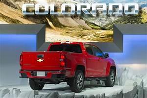 Chevy Pondering Colorado Zr2  Manual Transmission