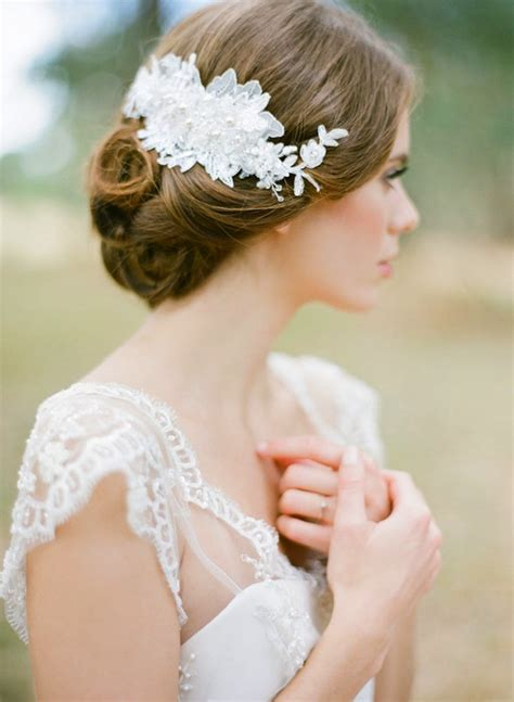 25 Prettiest Lace Bridal Hairpieces & Headpieces for Your