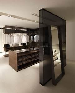 Begehbarer Kleiderschrank Design : poliform begehbaren kleiderschrank wohnideen einrichten ~ Frokenaadalensverden.com Haus und Dekorationen