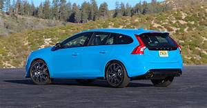 2018 Volvo V60 Polestar is an exclusive, bright blue