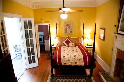 Bedroom Suite New Orleans by 2 Bedroom Suites In New Orleans Quarter 2018 Home